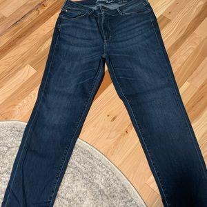 Eddie Bauer Slightly Curvy Slim Straight Jeans 16